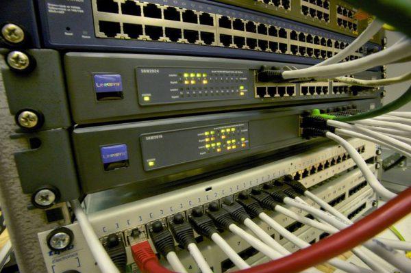 Quelle solution pour profiter d'une connexion haut débit à prix réduit